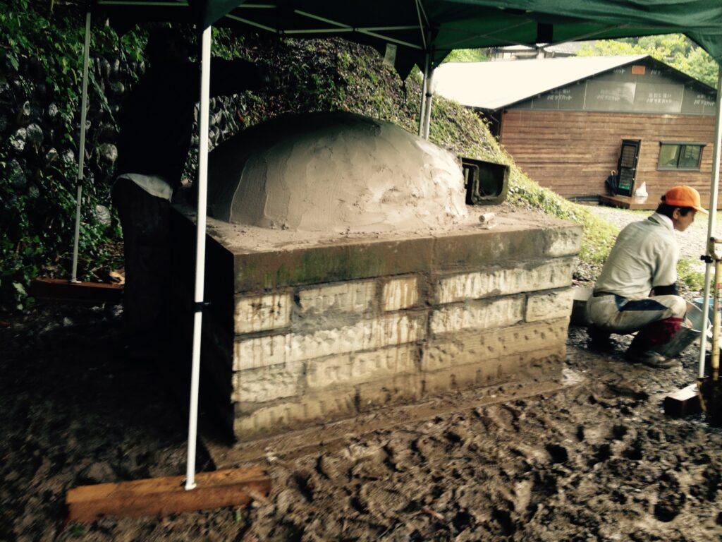 2015年石窯を作った時の様子